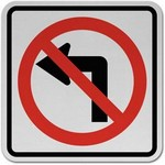 no left turn Traffic Signs in Spanish
